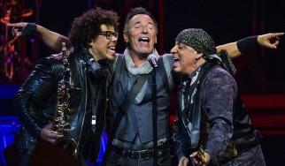 Πρόταση γάμου σε συναυλία του Bruce Springsteen