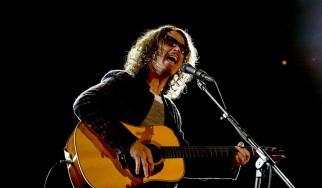 O Chris Cornell τραγουδά soul