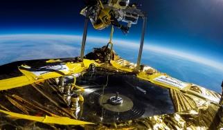 Ο Jack White έγραψε ιστορία παίζοντας το πρώτο βινύλιο στο διάστημα