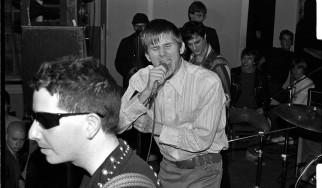 Νεκρός ο John Stabb, τραγουδιστής των Government Issue