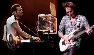 Ο Steve Vai σολάρει στο νέο τραγούδι των M83
