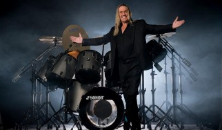 Nicko McBrain: «Δε χρειάζεται να είσαι ο Αϊνστάιν για να καταλάβεις πως οι Iron Maiden δεν είναι σατανιστές»