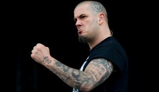 Anselmo: «Με εξοργίζουν Scott Ian και Robb Flynn»