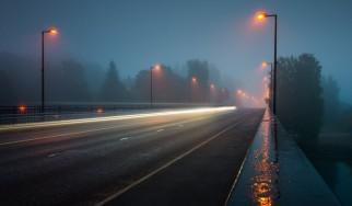 Τα 25 ιδανικά τραγούδια για να ακούς όταν βρέχει