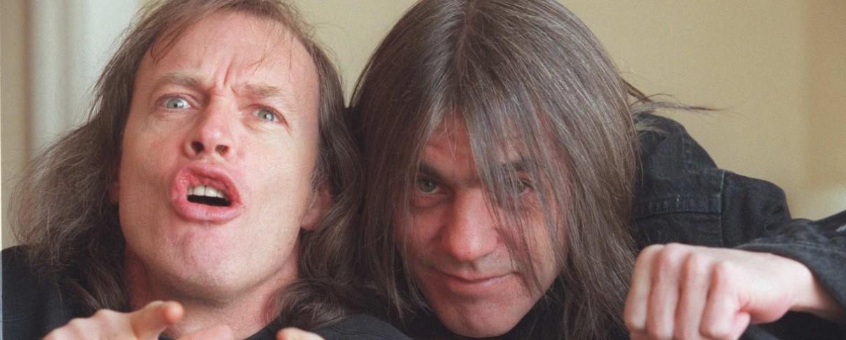 Angus Young: «Το παίξιμο του Malcolm είναι πιο πρωτότυπο από το δικό μου»