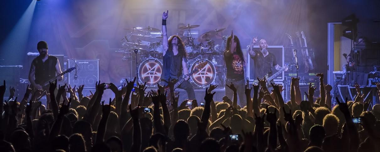 Οι Anthrax κινηματογραφούν εμφάνιση στη Γλασκώβη προϊδεάζοντας κυκλοφορία DVD