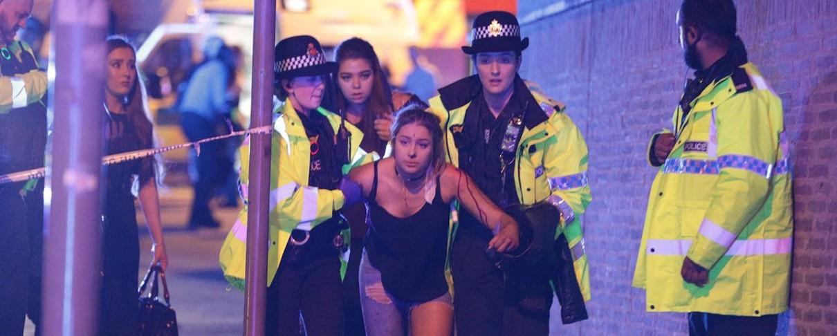 Νεκροί από έκρηξη σε συναυλία της Ariana Grande στο Μάντσεστερ