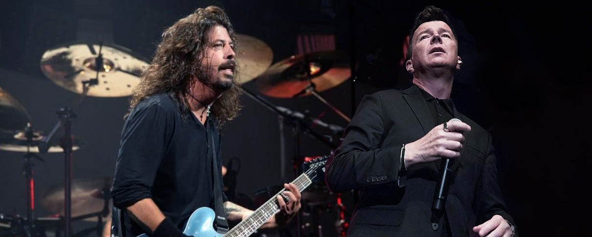 "Foo Fighters, Rick Astley και... λίγο από ""Smells Like Teen Spirit"""