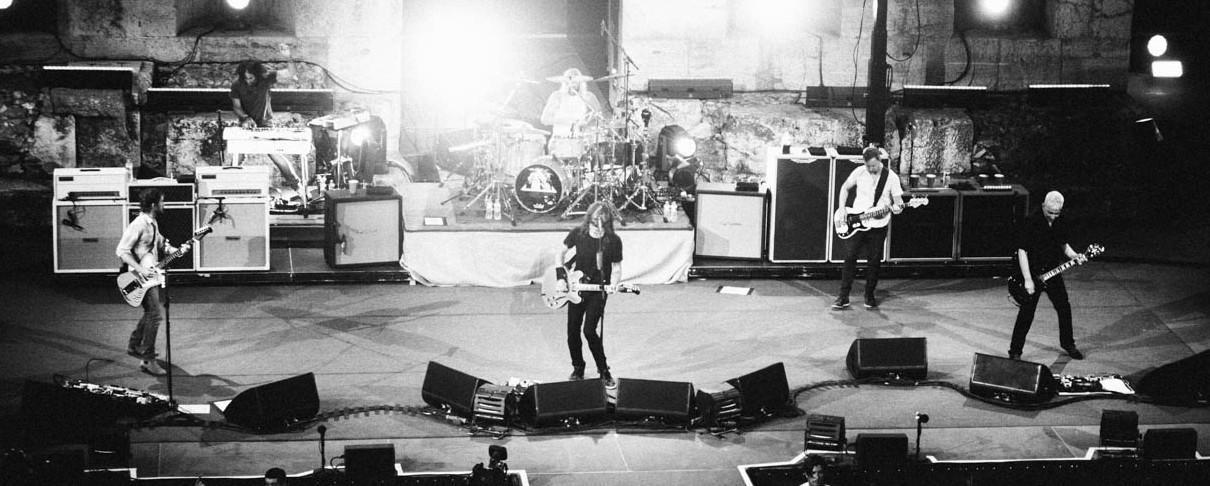 Εκατοντάδες κάτοχοι εισιτηρίων μένουν εκτός συναυλίας των Foo Fighters
