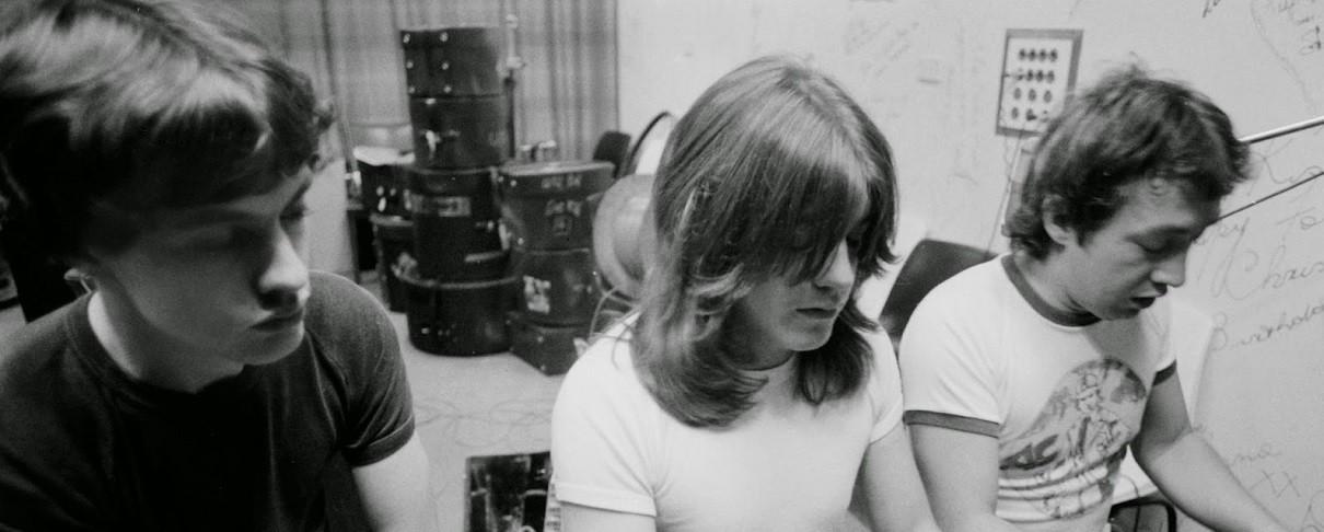 Νεκρός ο μέντορας των AC/DC