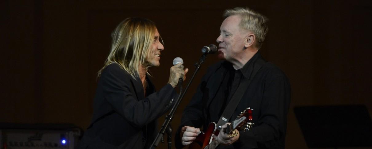 O Iggy Pop συναντά τους New Order και διασκευάζουν Joy Division