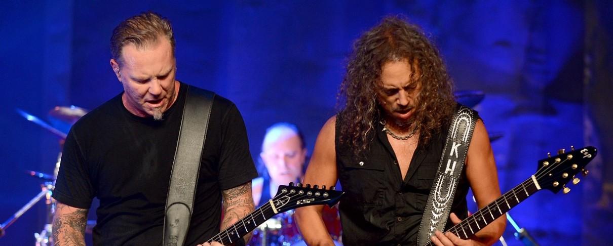 «Δε βγάζει νόημα o ισχυρισμός του Hammett περί απώλειας του κινητού τηλεφώνου του»