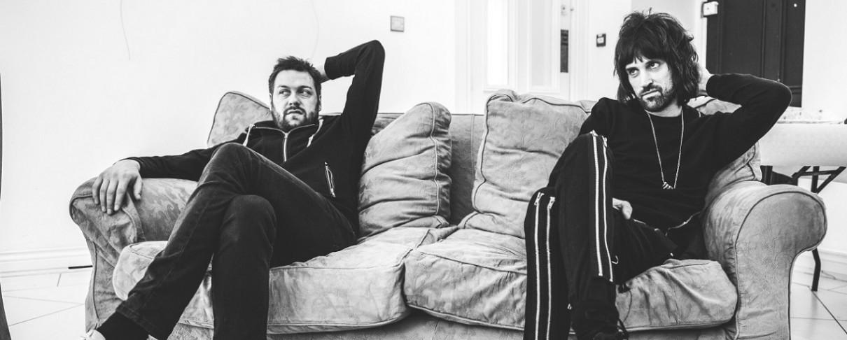 Kasabian: «To νέο άλμπουμ είναι μια αποστολή σωτηρίας της κιθαριστικής μουσικής από την άβυσσο»