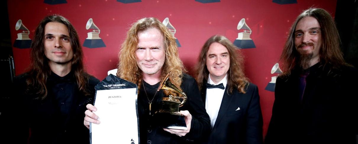 Βράβευση Megadeth με μουσική υπόκρουση... Metallica