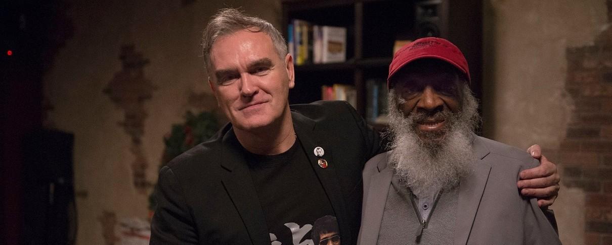 Ο Morrissey αφιερώνει στον stand up ακτιβιστή Dick Gregory…