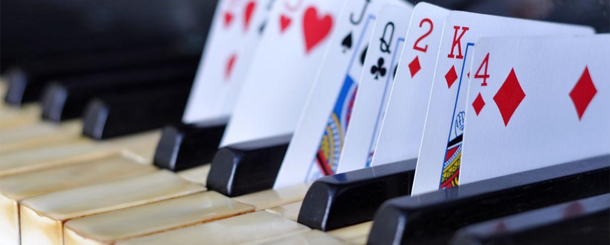 Όταν κορυφαίοι καλλιτέχνες της παγκόσμιας ροκ σκηνής έπαιξαν πόκερ για φιλανθρωπικό σκοπό