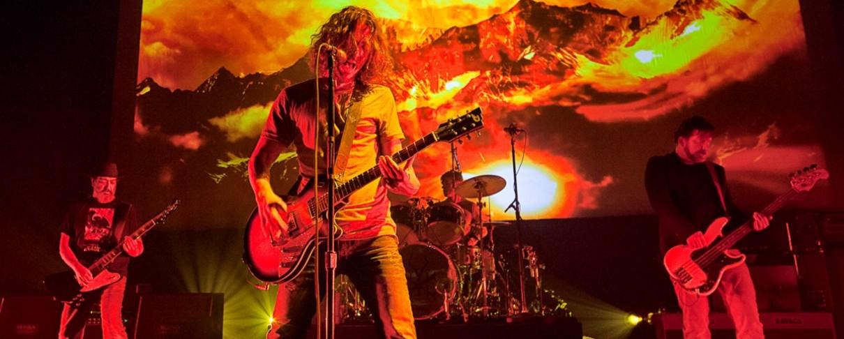 """Ποιος απέτυχε να συμπεριλάβει το """"Black Hole Sun"""" των Soundgarden σε ταινία του;"""