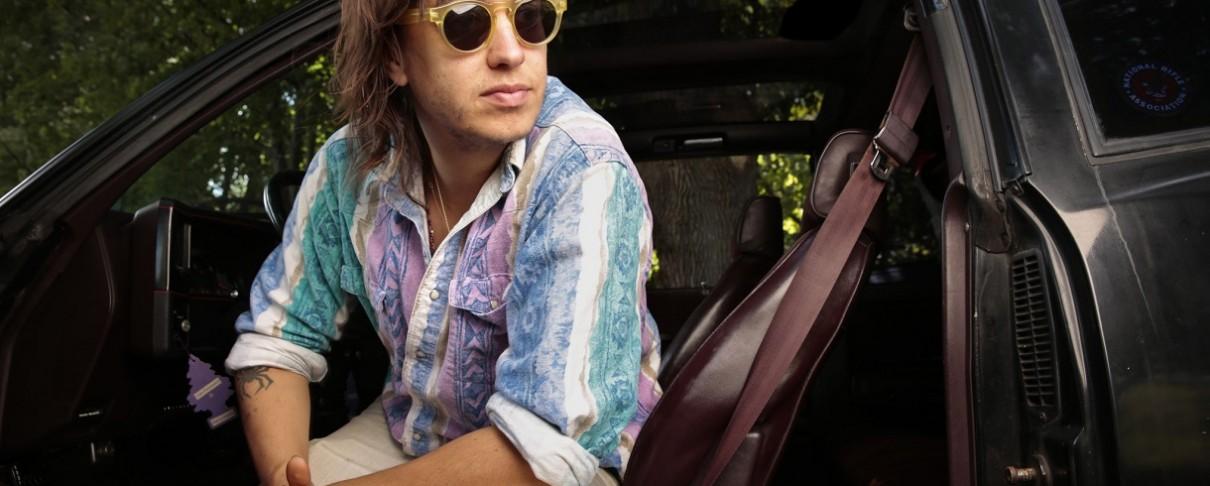 Ο Julian Casablancas σε νέο τραγούδι εκτός Strokes (audio)