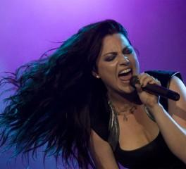 """Ακούστε το """"Even In Death"""" των Evanescence"""