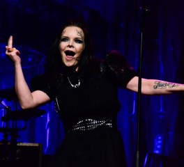 The Dark Element: Το νέο project της Anette Olzon