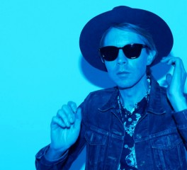 "Beck: Ακόμη ένα single λίγο πριν την επίσημη κυκλοφορία του ""Colors"""