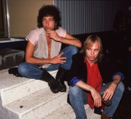 O Bob Dylan τιμά τον Tom Petty: «Γεμάτος φως, ένας αληθινός φίλος»