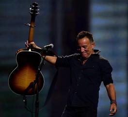 Νέο αντιπολεμικό κομμάτι από τον Bruce Springsteen