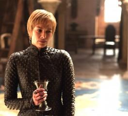 H Cersei του Game of Thrones σε video των Kasabian