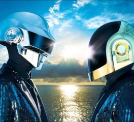 Δείτε τον Thomas Bangalter των Daft Punk χωρίς το κράνος του