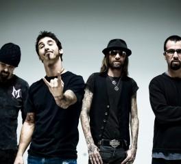 Godsmack: «Δεν είμαστε τόσο pop όσο οι Aerosmith, ούτε τόσο metal όσο οι Metallica»