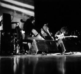 Ακούστε ολόκληρο τον νέο δίσκο των Godspeed You! Black Emperor