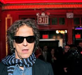 Ντοκιμαντέρ για τον απόλυτο rock 'n roll φωτογράφο, Mick Rock