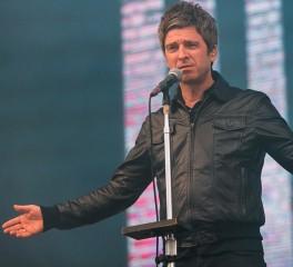 Ο Noel Gallagher βγάζει δίσκο και... στο σφυρί vintage εξοπλισμό των Oasis
