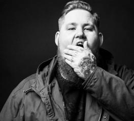 """Broken People"": Νέο τραγούδι από τον Rag N' Bone Man"