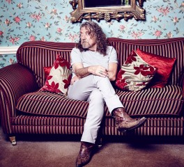 Robert Plant: «Τα φωνητικά μου σε ορισμένα κομμάτια των Led Zeppelin είναι απαίσια»