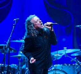 """Ο Robert Plant παρουσιάζει το """"Kashmir"""" με τη συνοδεία του Nigel Kennedy"""