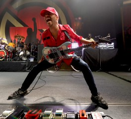 Tom Morello: «Επικά, μεγαλειώδη, μυστηριώδη, σέξυ» τα νέα τραγούδια των Tool