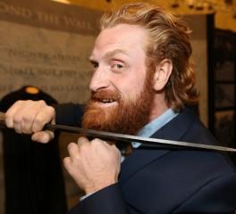 Ηθοποιοί του Game Of Thrones διασκευάζουν Tom Waits
