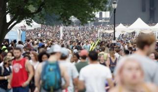 Εκκενώθηκε φεστιβάλ της Βαρκελώνης λόγω πυρκαγιάς