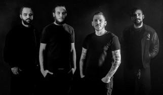 Οι Black Hat Bones φέρνουν το Guitar Hero στο νέο τους video