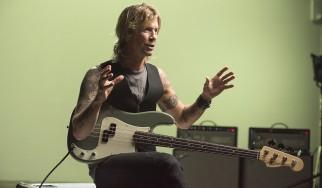 Duff McKagan: «Δε νομίζω πως ο Izzy ήταν αφανής ήρωας»