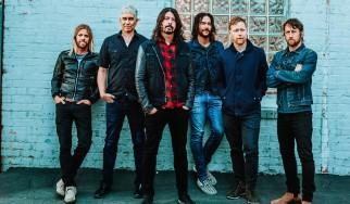 Ντοκιμαντέρ και κορυφή του Billboard για τους Foo Fighters