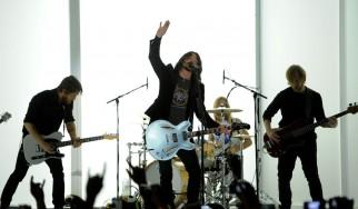 Aνακοίνωση του δήμου Αθηναίων για την εμφάνιση των Foo Fighters