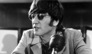 Στο φως κλεμμένα αντικείμενα του John Lennon
