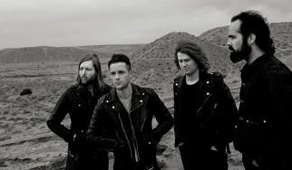 Οι Killers ρίχνουν τους Foo Fighters από την κορυφή