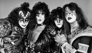 Ένα φωτογραφικό λεύκωμα για τους Kiss