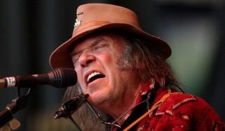 Oι rap συνεργασίες των Neil Young και Tom Morello