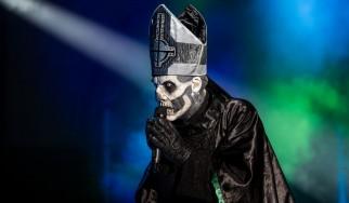 Papa Emeritus: «Η pop μουσική είναι πιο έντιμη από το metal»