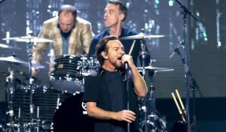 Η είσοδος των Pearl Jam στο Rock & Roll Hall Of Fame