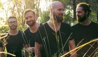 Πρώτη μετάδοση: Ακούστε ολόκληρο το νέο άλμπουμ των Sleepmakeswaves